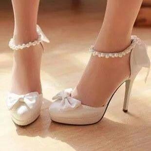 9df5f104 Tacones blanco, para una novia ♥ | bodas | Zapatillas de boda ...