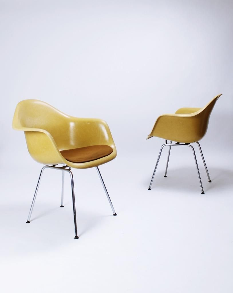Vintage Vitra Eames Fiberglass Chairs Vitrahaus Vitra Is Our Exclusive Partner For Europe And The Middle East Orche
