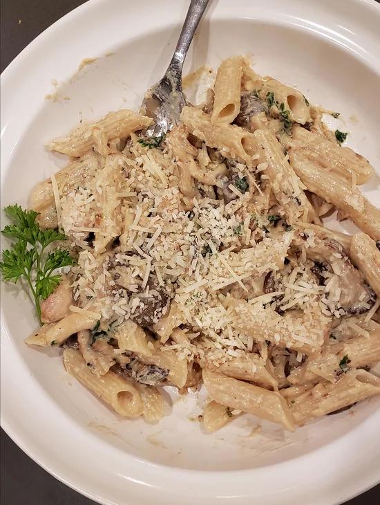 Oyster Mushroom Pasta Recipe In 2020 Oyster Mushroom Recipe Mushroom Recipes Pasta Mushroom Recipes