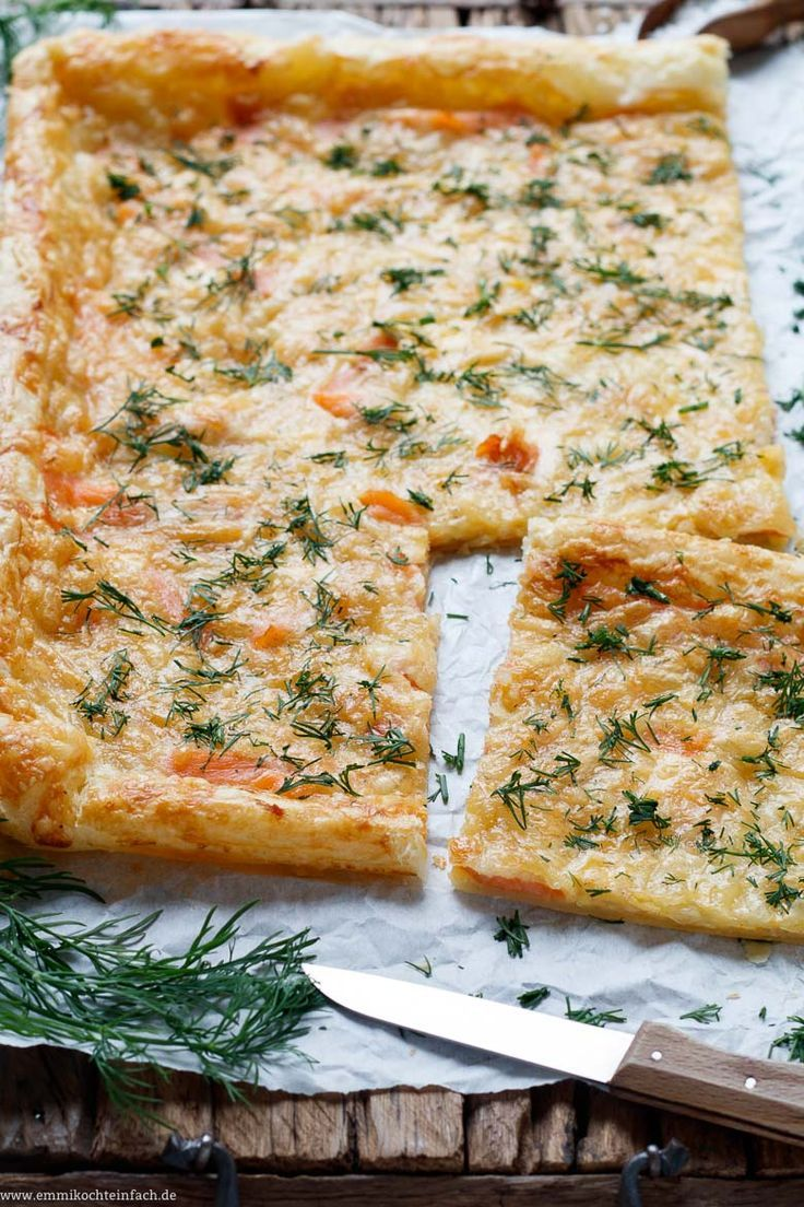 Photo of Quick puff pizza with smoked salmon and dill – easy to cook