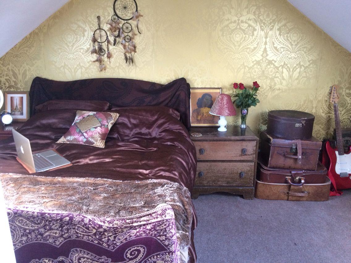 Theatrical Bohemian Vintage Style Room BOHO Attic Bedroom ...