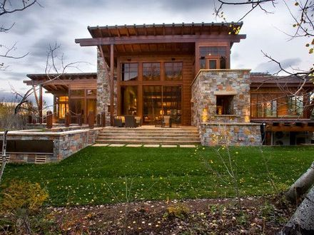Modern mountain homes modern rustic homes modern rustic for Modern rustic farmhouse plans