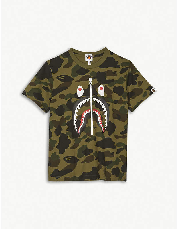 d354a2213fba6 A BATHING APE Shark zip print cotton T-shirt 4-8 years | Products ...