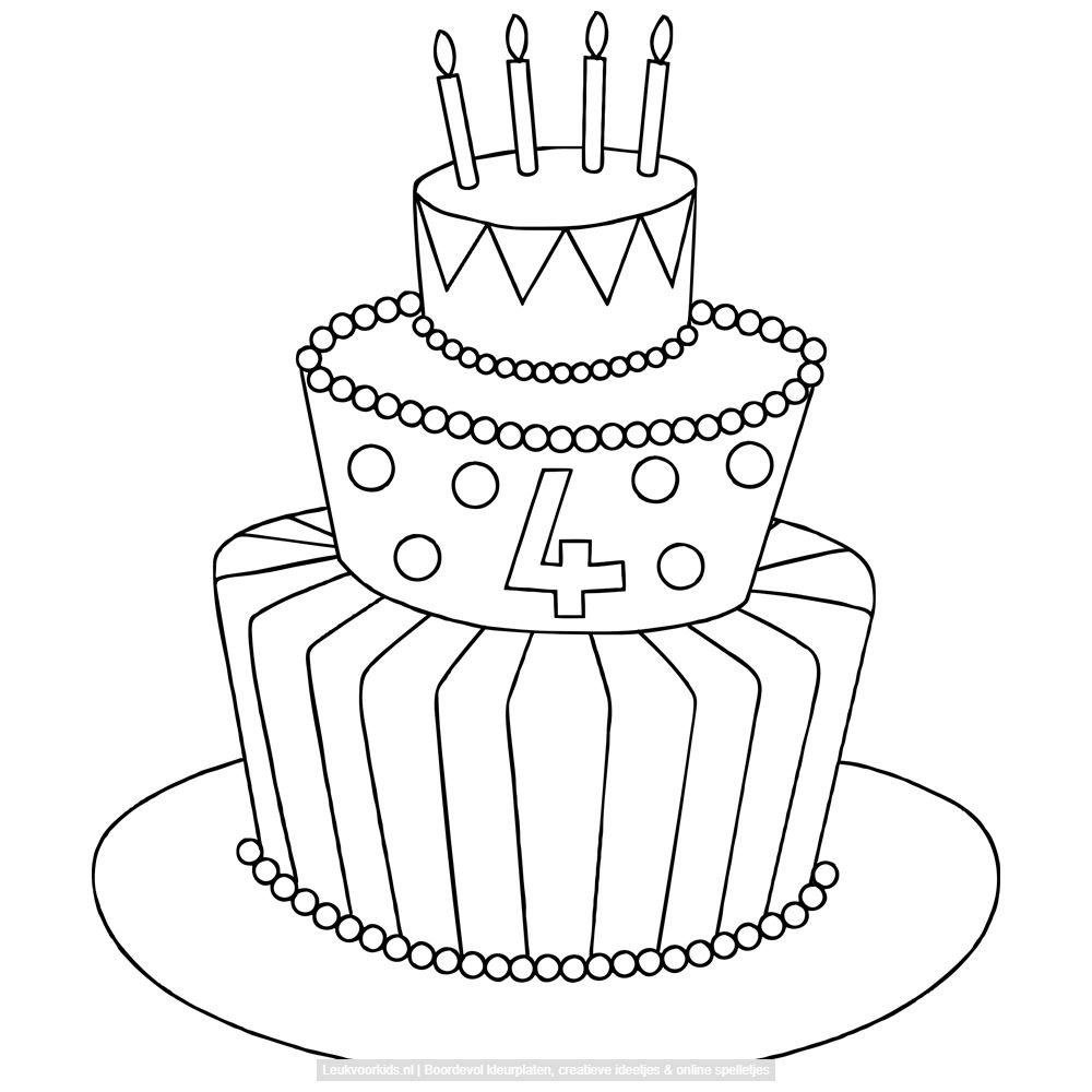 bekijk grote taart met vier kaarsjes erop kleurplaat