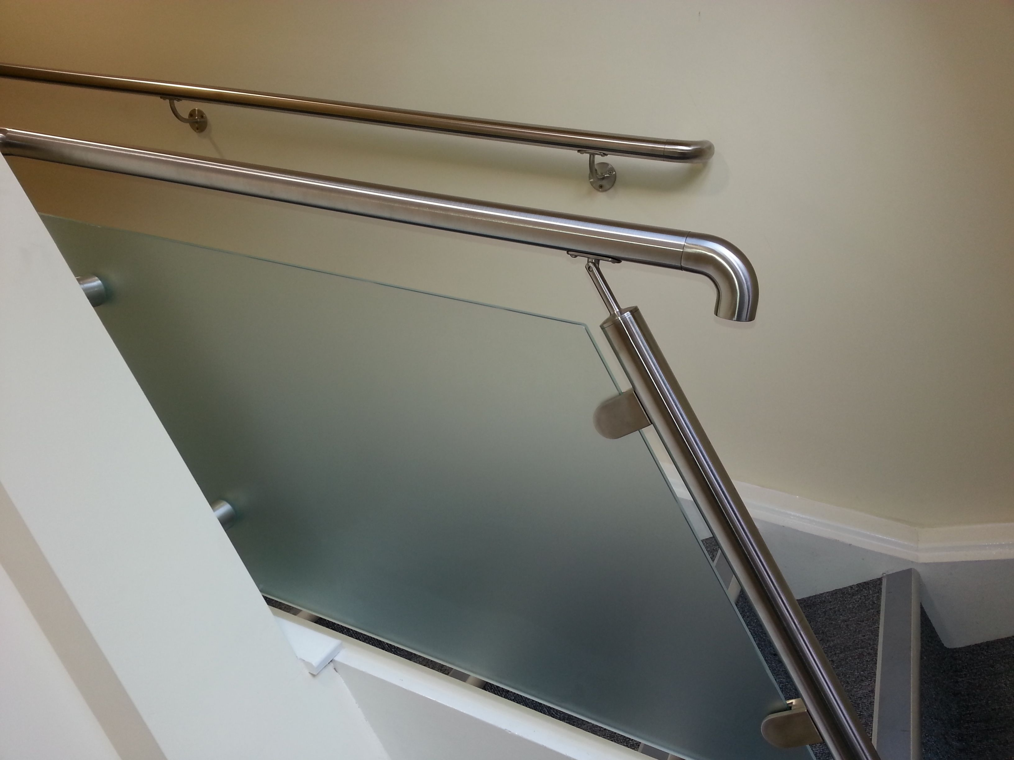 Best Frosted Toughened Glass Panel Infill To Staircase With 640 x 480