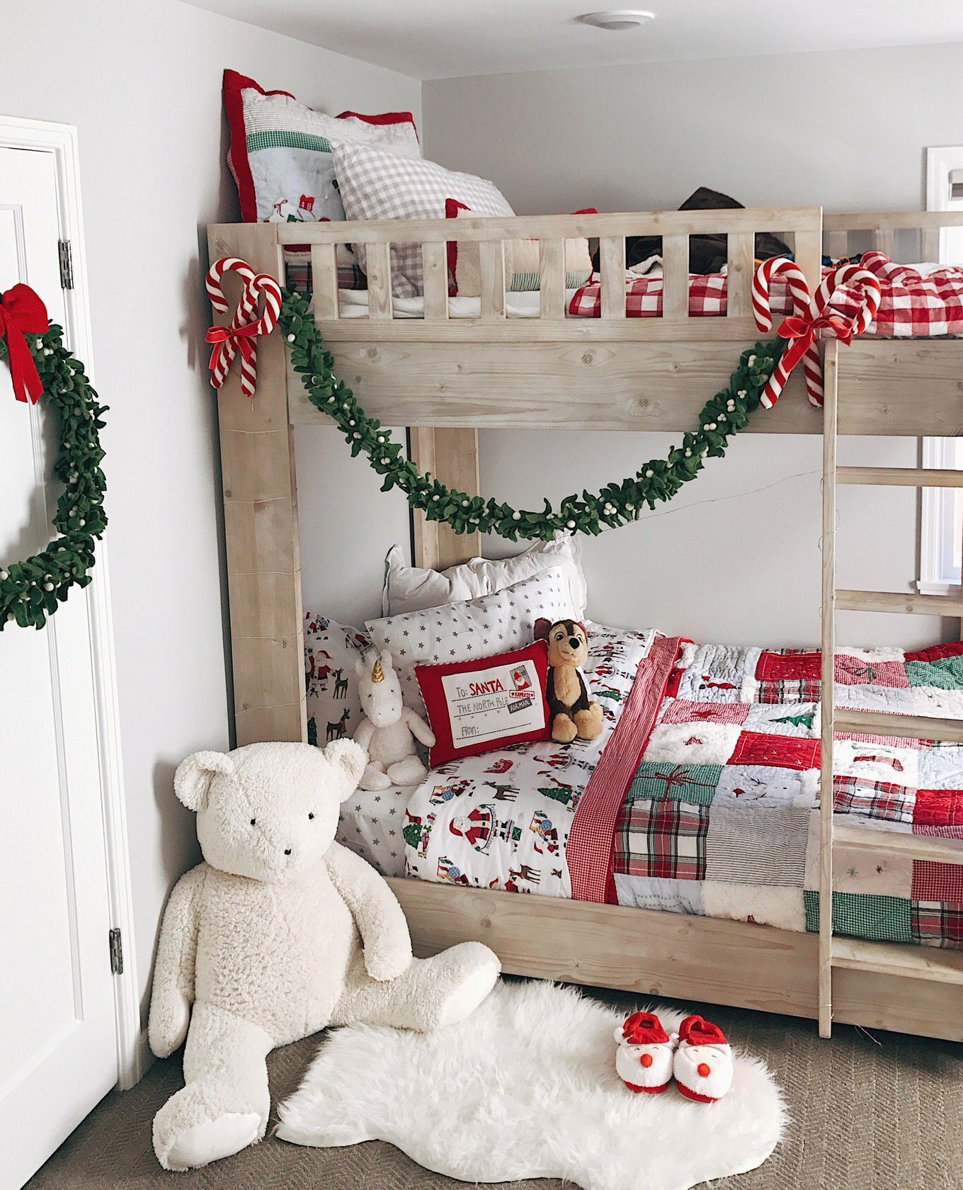 Incredibly Cute Christmas Decor Ideas For Your Kids Bedrooms