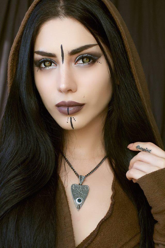 Collier Alchemy Gothic Maquillage viking, Maquillage