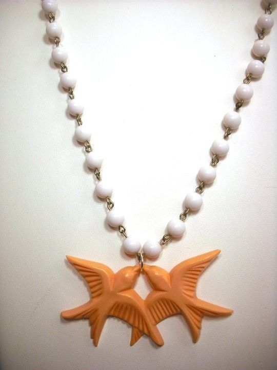 vintage swallows necklace, LOVE it