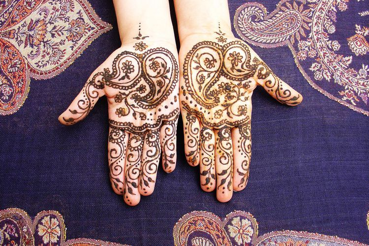 Are Henna Tattoos Really Safe for Teens? Tattoo ink