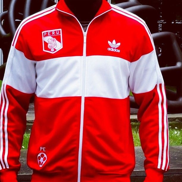 cb5660e8c Adidas Vintage Jacket, Vintage Adidas, Peru Soccer, Adidas Retro, Tracksuit  Tops, Adidas Football, Team Wear, Vintage Sport, Retro Vintage