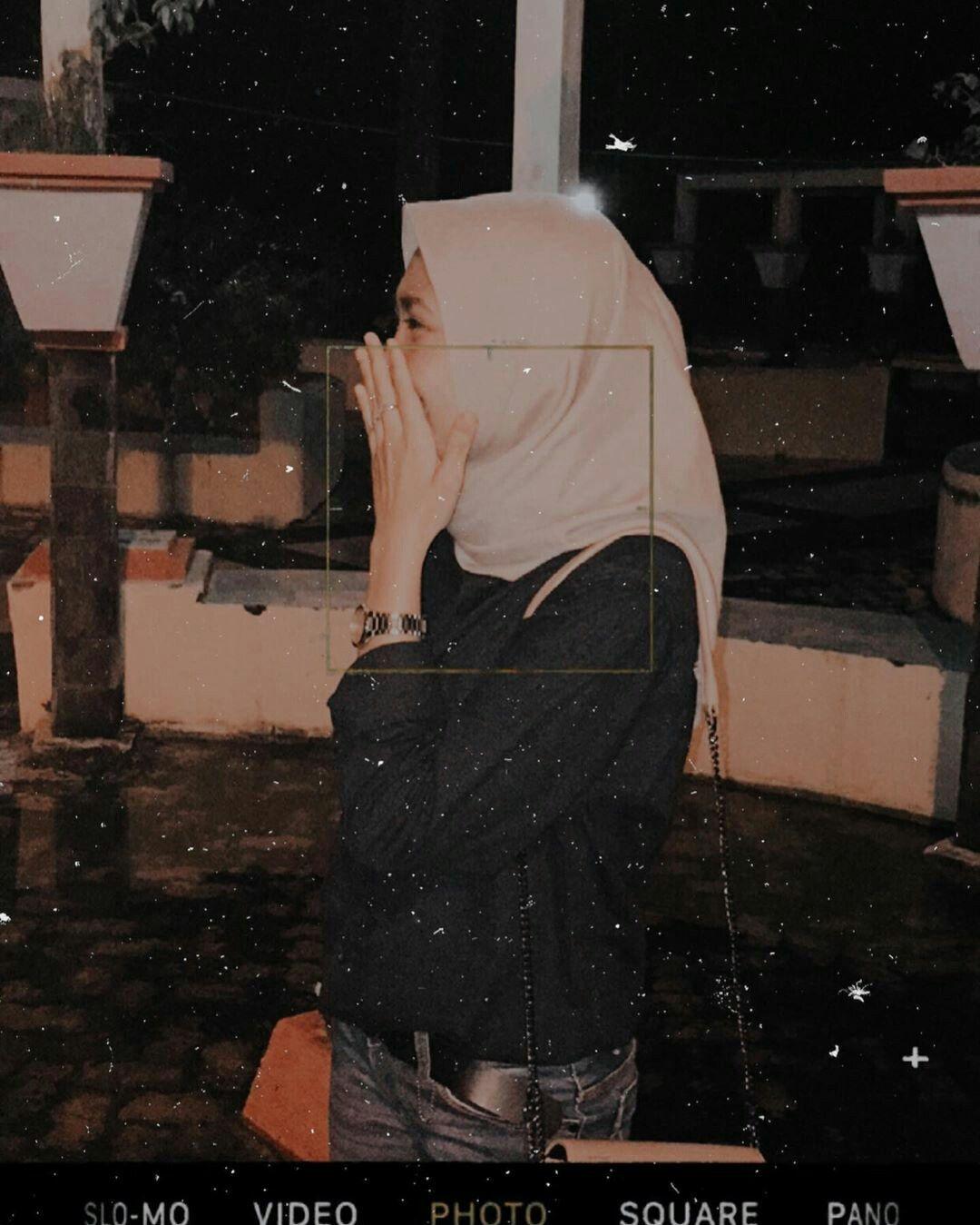 Pin oleh Ryme Ryme di hijab girl di 10  Potret diri, Foto diri