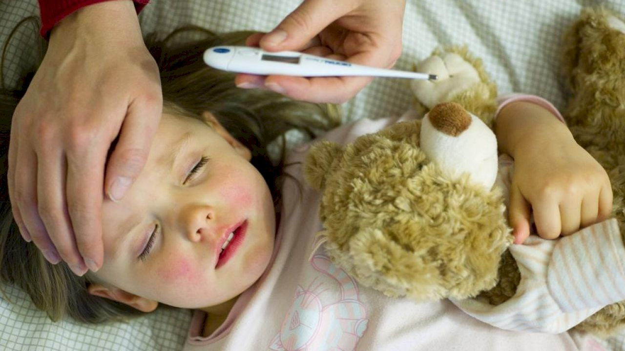 ما هو صفار الأطفال Baby Face Tips Prevention