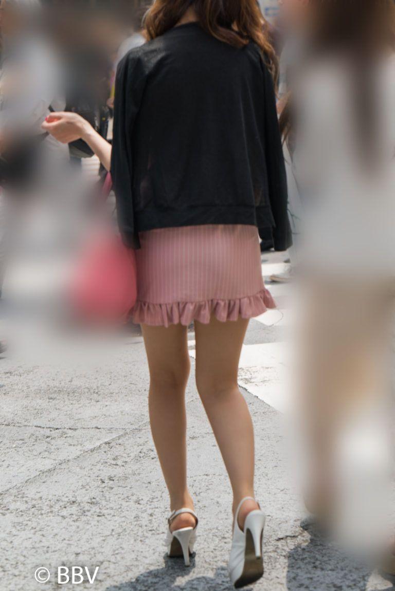 a6b0aa9c0a0 街撮りお尻画像、ピンクのマイクロミニが可愛い美脚のギャル! ギャル系 ...