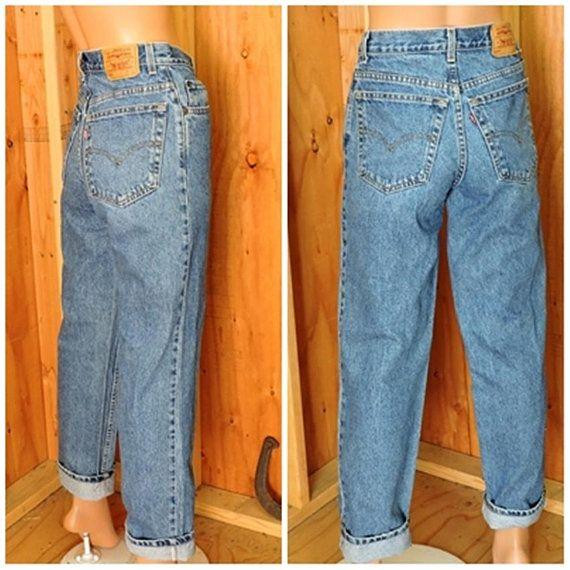 bc7d92d3585 Vintage Levis 550 28 X 30 size 6 / LEVI'S 100% cotton denim jeans / high  waisted medium wash relaxed fit Levi student jeans