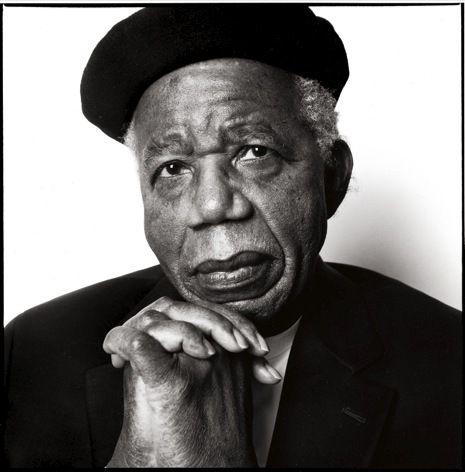 Chinua Achebe (Ogidi 1930, Boston 2013) (Nigéria), Ecrivain