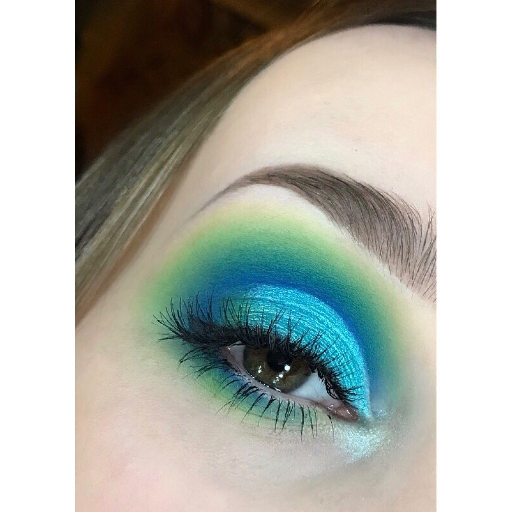 makeup #makeuplooks #blue #green #eyeshadow | makeup in 2019