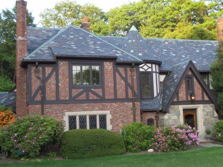 Slate Roof Guide: Cost, Pros & Cons | Beautiful roofs ...
