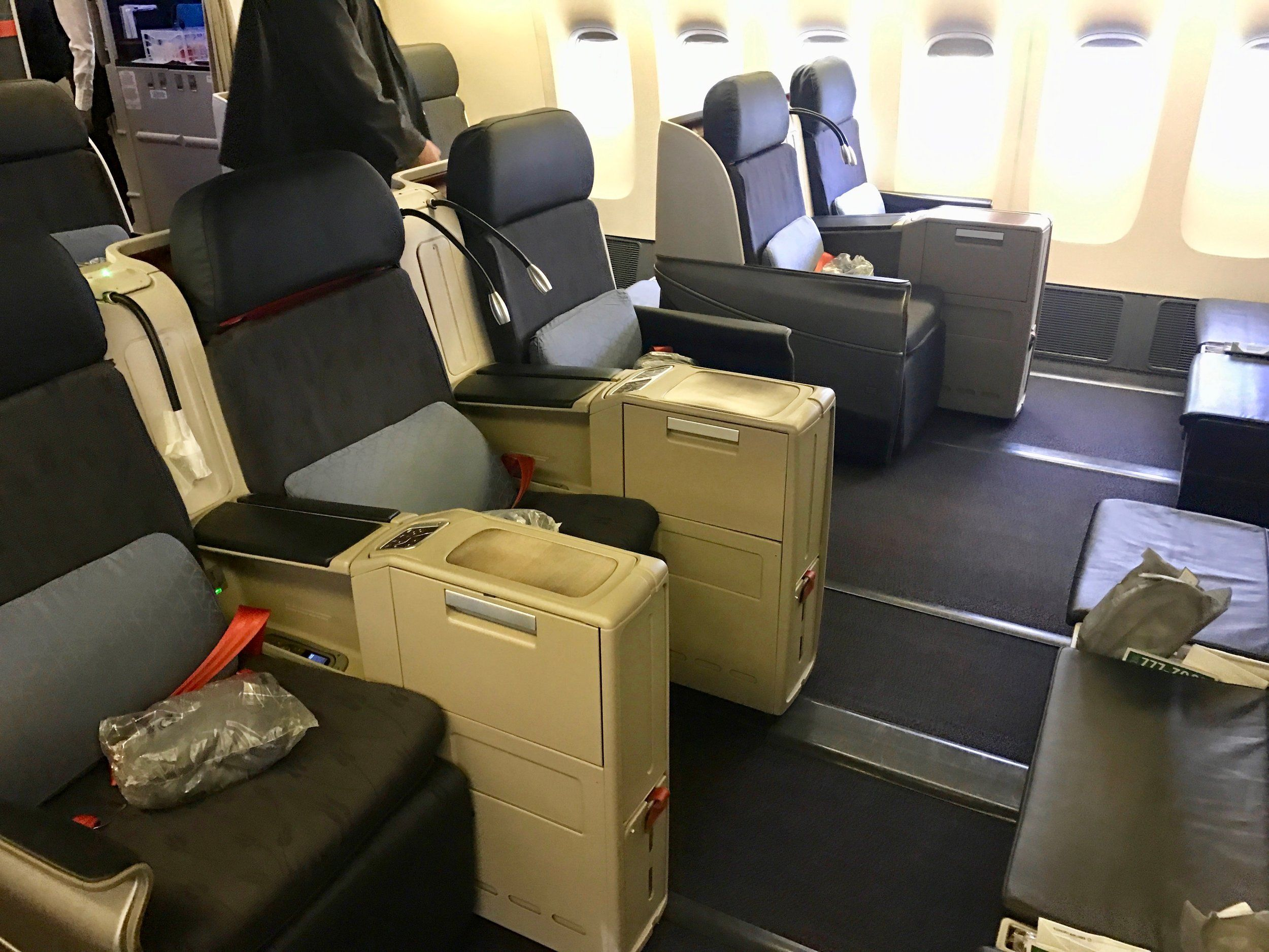 review turkish airlines  business class  york  istanbul  flight miles blog