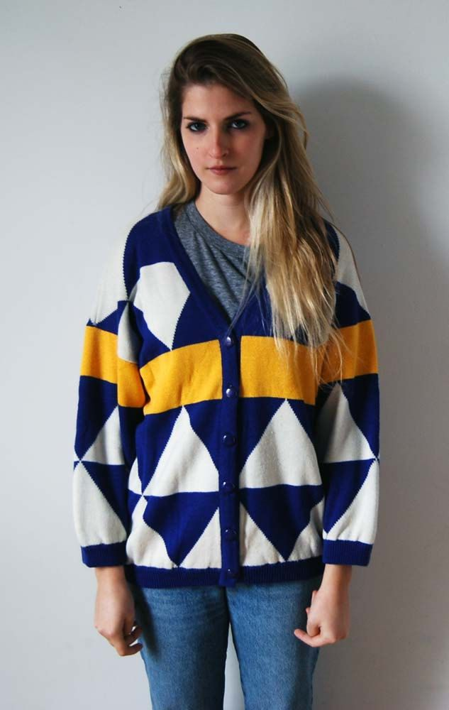 Vintage oversized Δ cardigan - nice colour combo!