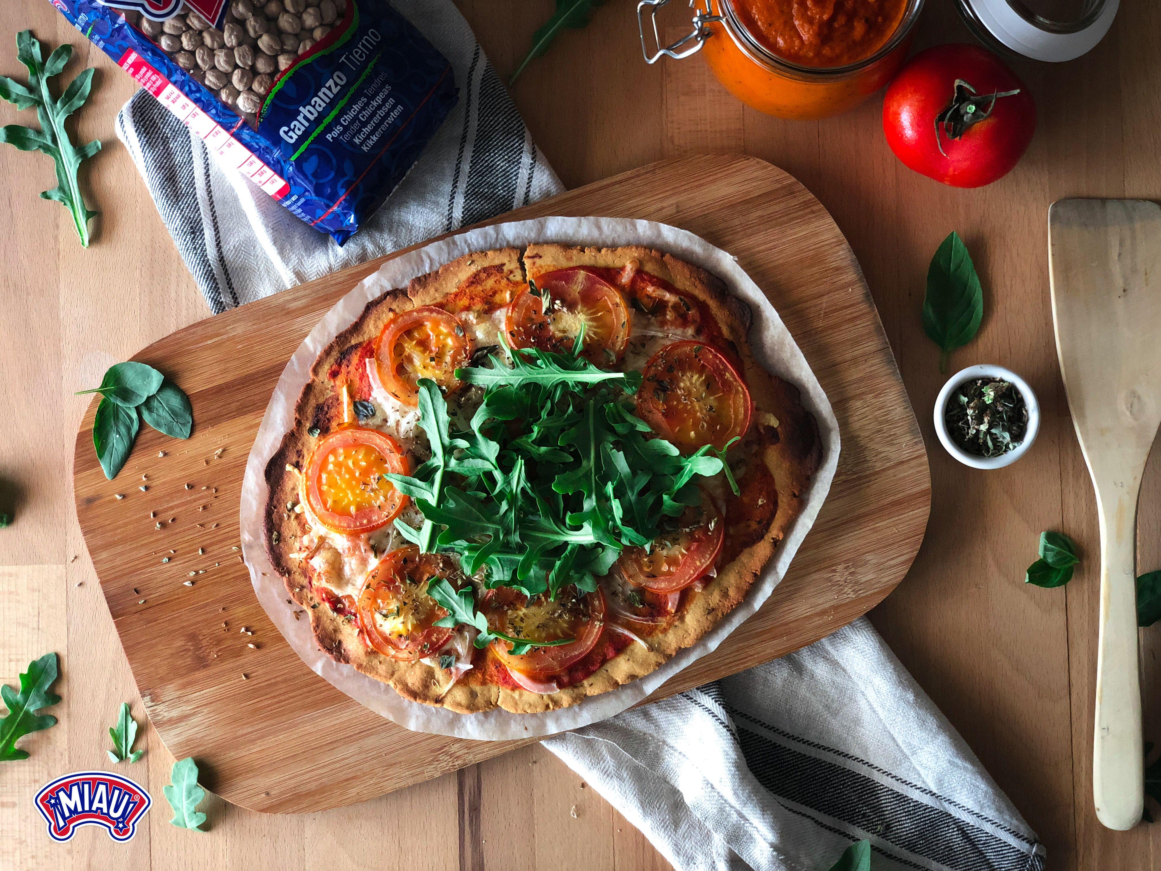 Masa De Pizza Con Harina De Garbanzos Perfecta También Para Aquellas Personas Con Celiaquía O Sensibilidad Masa Para Pizza Harina De Garbanzo Pizza Sin Gluten