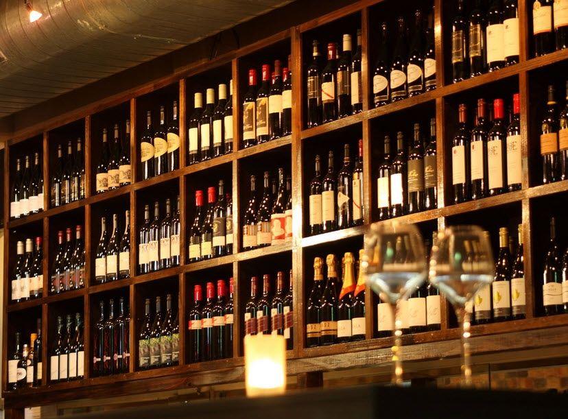 Claret House Wine Bar Brisbane Function Room Hire And Reviews Wine Bar Bar Interior Bar Design