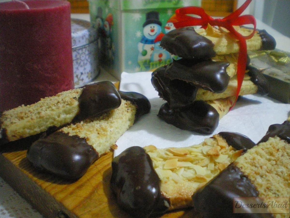 Mandelschnitten o galletas de almendra. Este año inclúyelas en la bandeja de dulces navideños