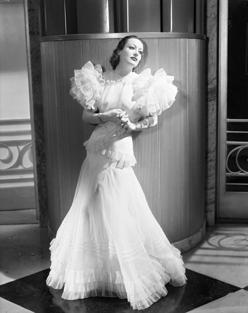 Joan Crawford in the famous gown she wore in Letty... | Department ...