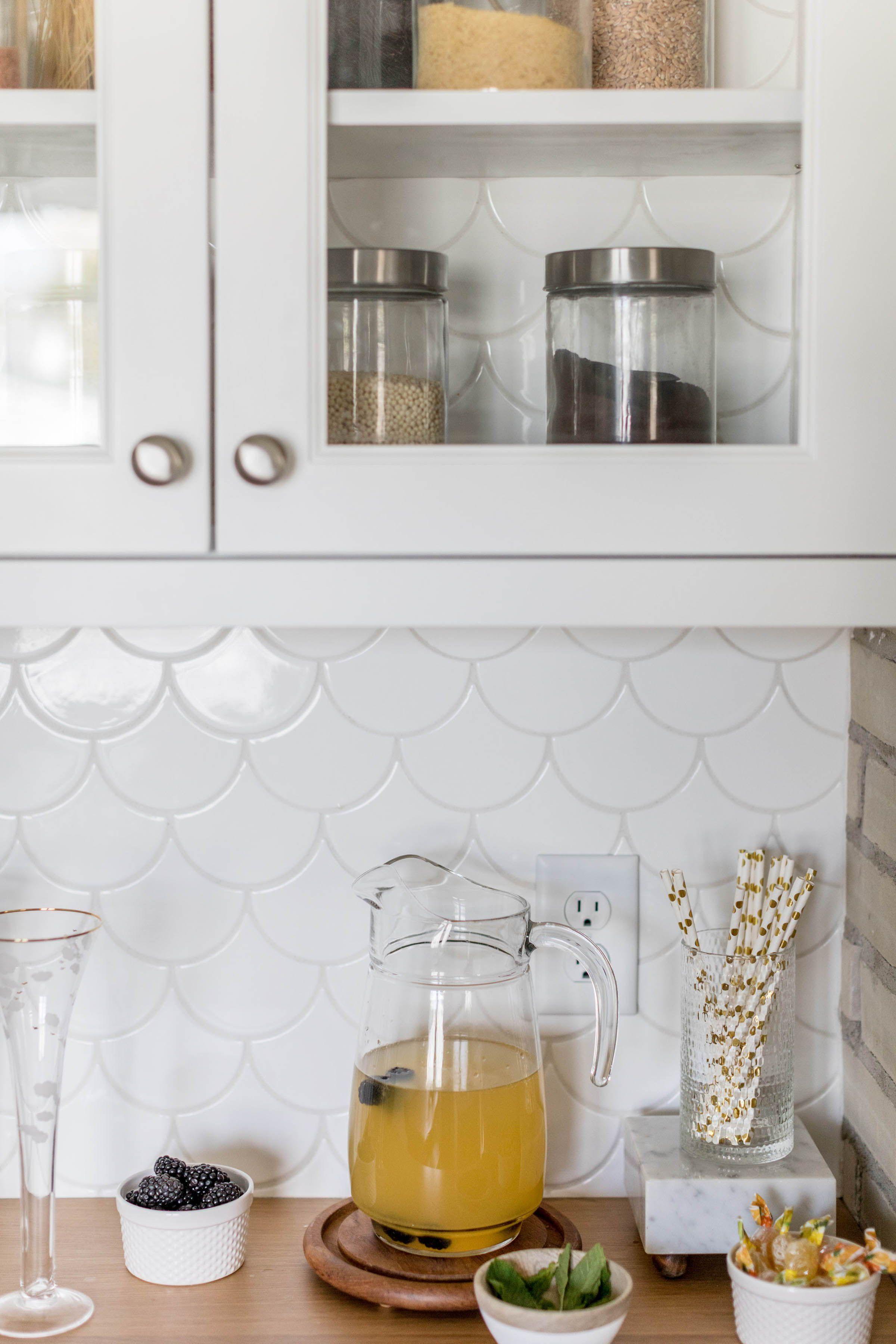 scandinavian kitchen backsplash
