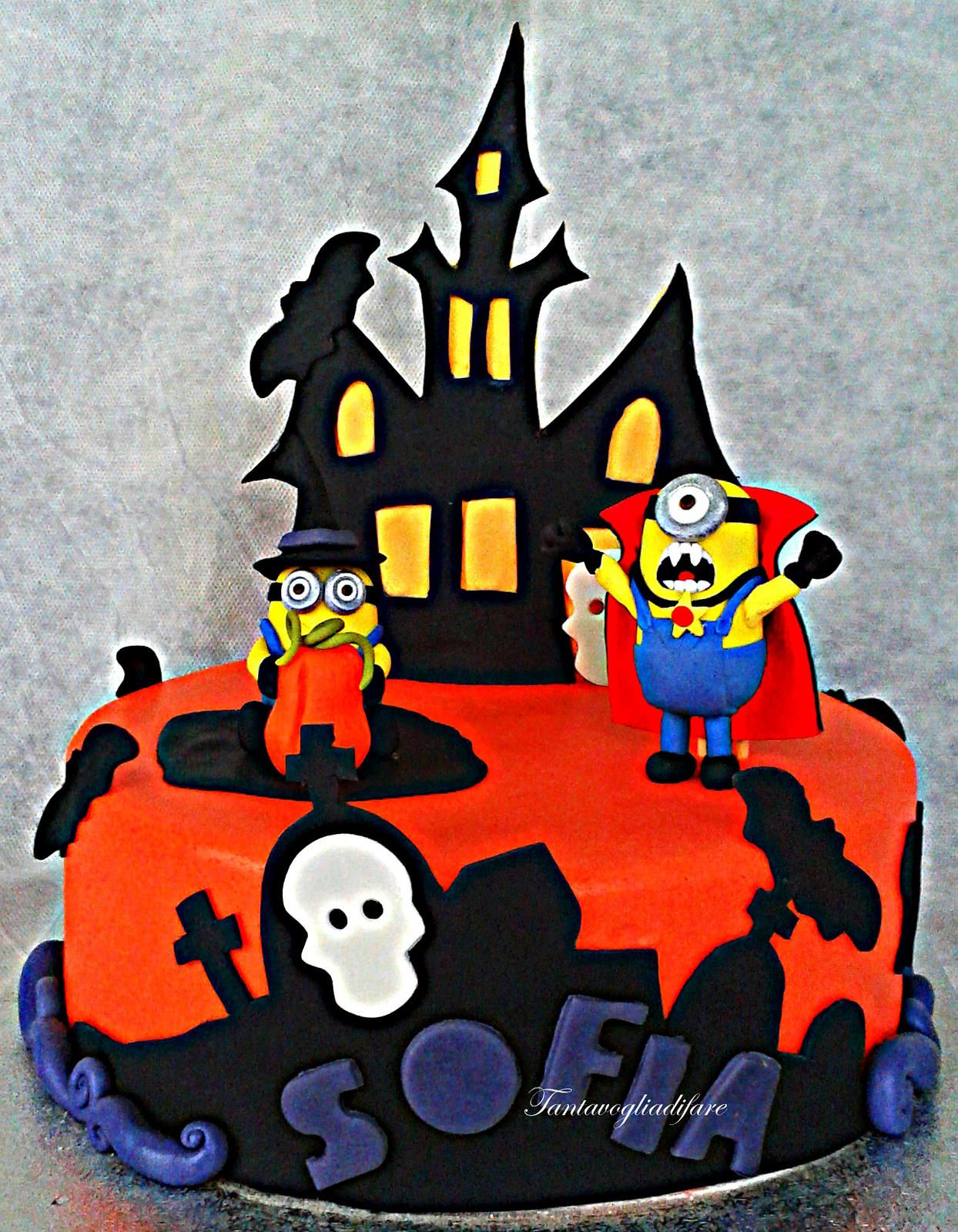 Halloween minions cake Halloween minions, Minion cakes and Cake - Halloween Cake Decorating Ideas