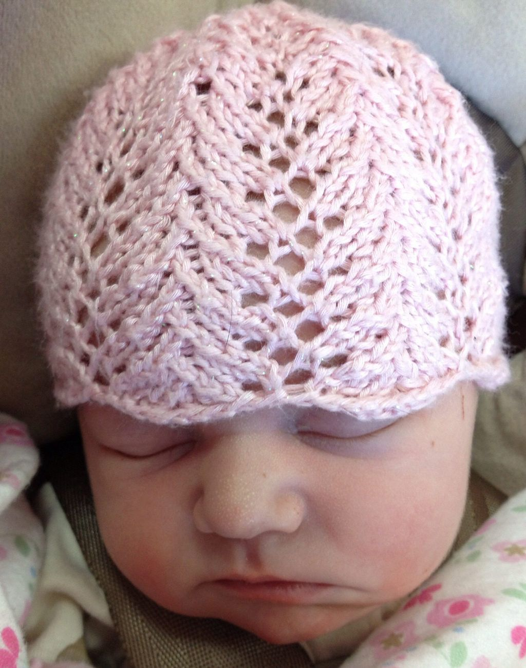 Free Knitting Pattern for Vine Lace Baby Hat | Baby knitting