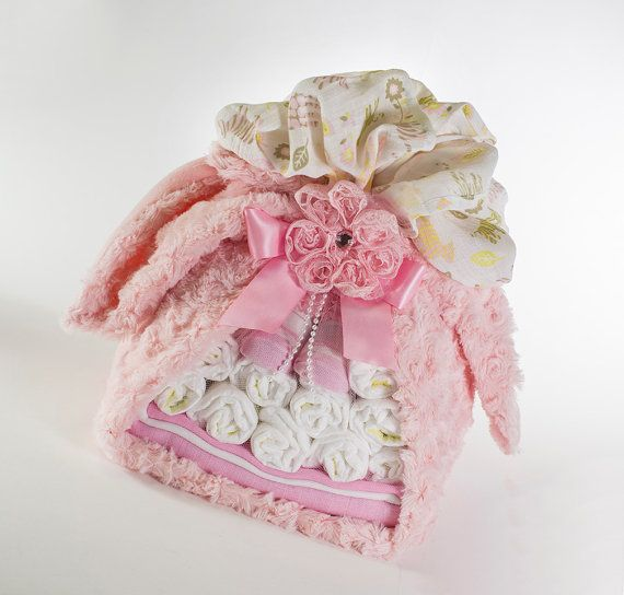 bundle baby geschenk baby m dchen von sassyandsweetboutiq auf etsy babyparty geschenke. Black Bedroom Furniture Sets. Home Design Ideas
