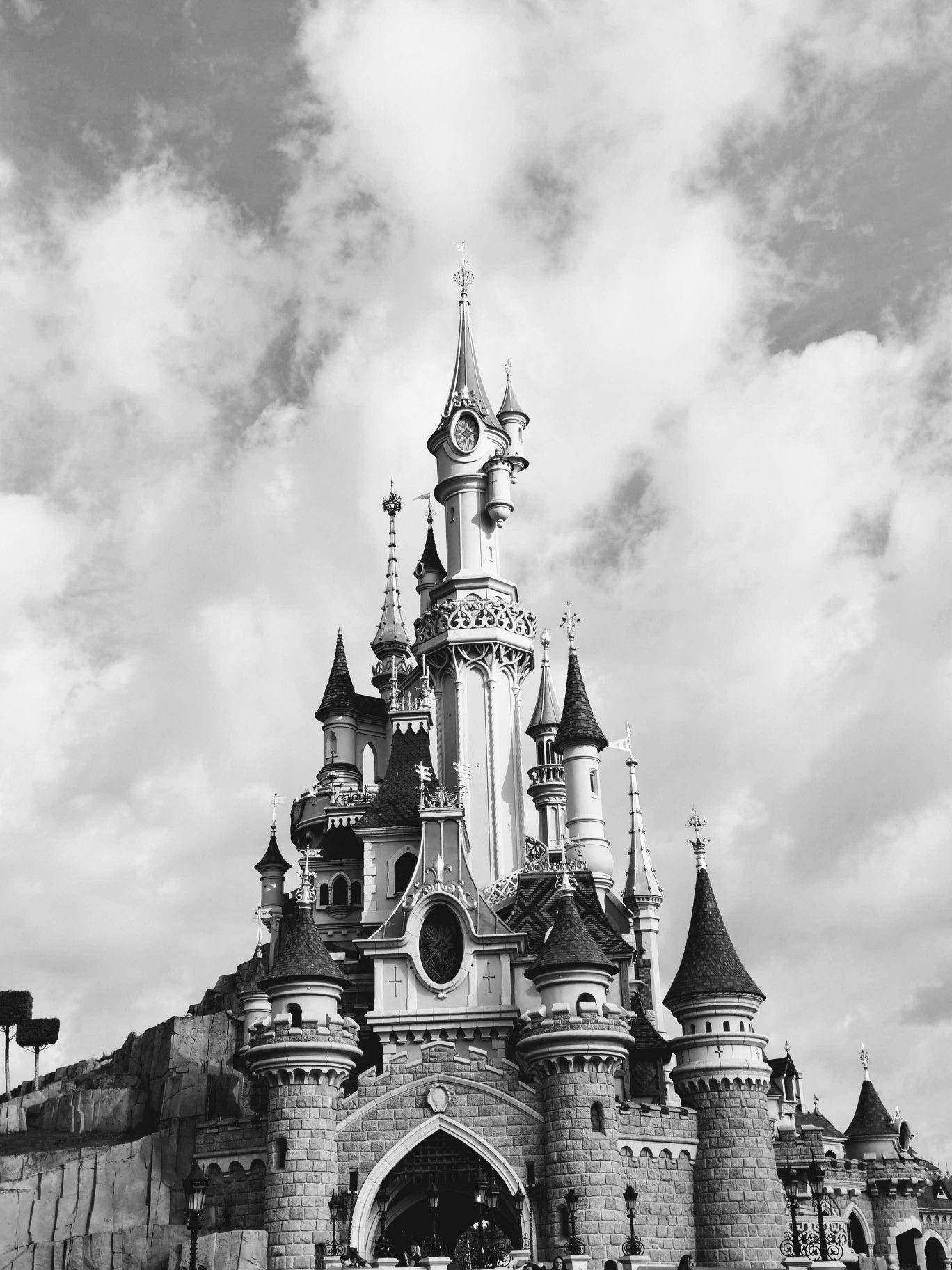 Chateau Disneyland Paris Photo Noir Et Blanc Noir Et Blanc Photo En Noir