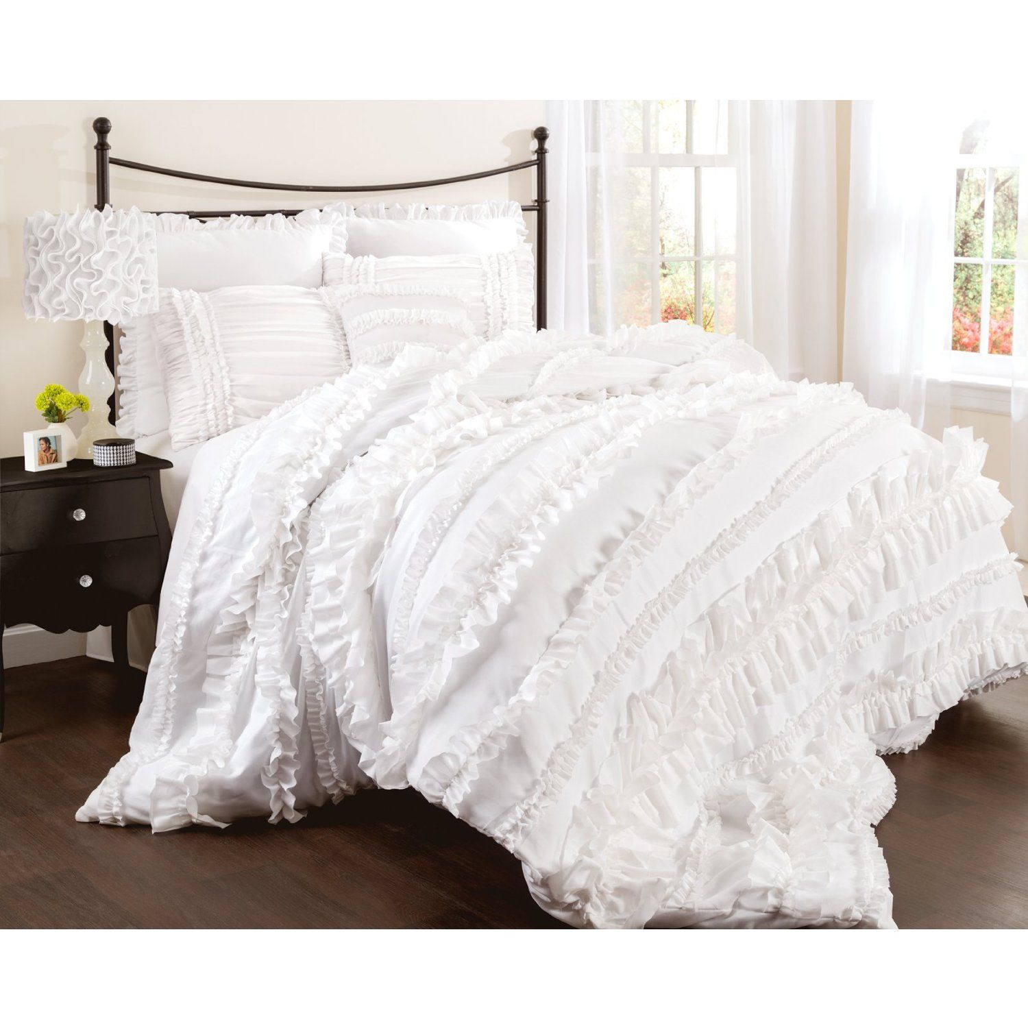 Amazon Lush Decor Belle 4 Piece forter Set Queen White