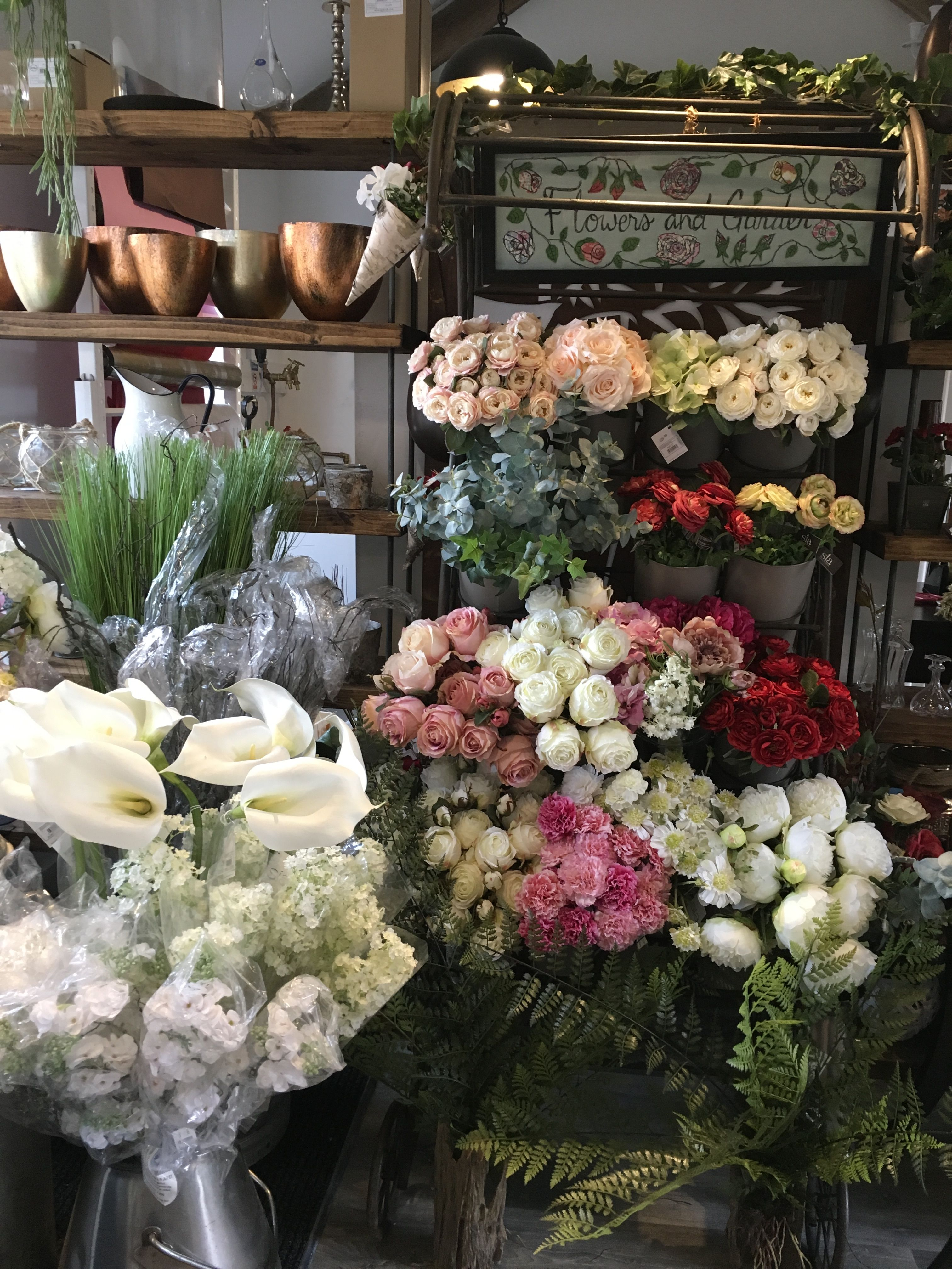 Sia Silk Flowers On Sale At Ambers Rose Florist Sprowston Norwich