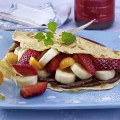 Pfannkuchen Mit Obstsalat