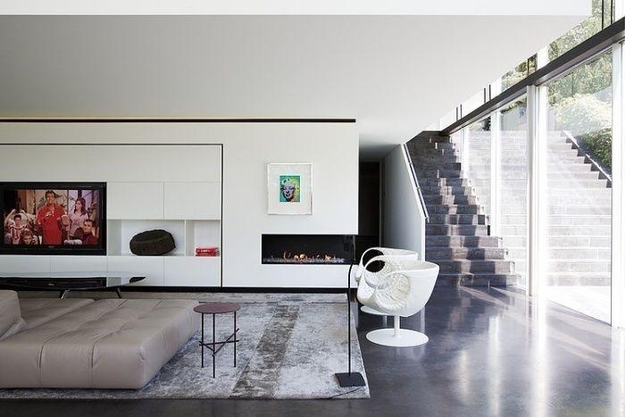wohnwand-weiß-eingebaut-led-fernseher-ethanol-kamin-vintage-teppich ...