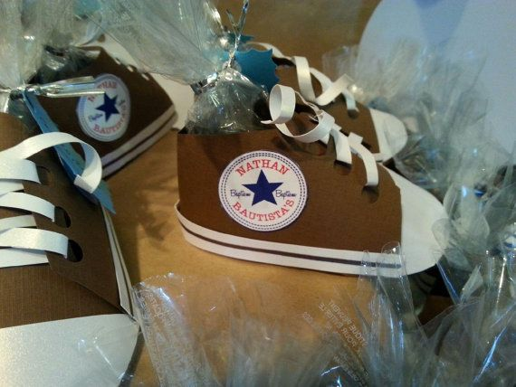 converse all star themed paper party favor by donpenguinodesign, Baby shower invitation