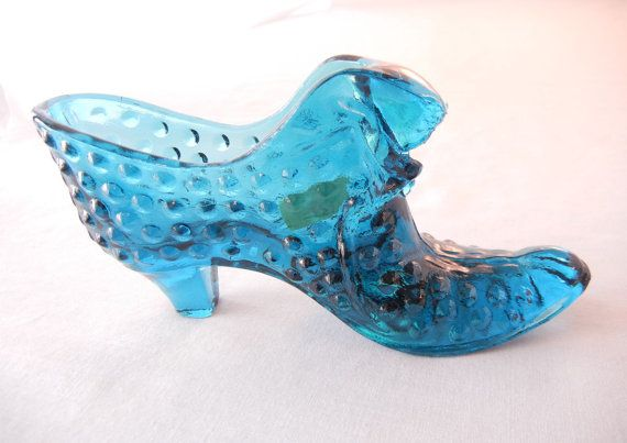 Items similar to Fenton Glass Hobnail Boot Cat Head