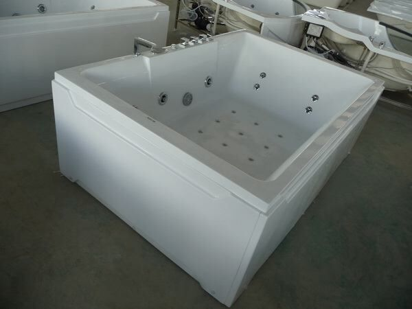 Superior Manufacturer Of 2 Person Whirlpool Tub With High Quality In China, 1800 X  1200 X 730 Mm, 71 X X 29 Inch.