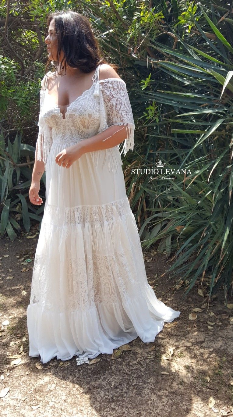 Bohemian Light Plus Size Wedding Dress With Detachable Off Shoulder Sleeves With Fringes M Wedding Dress Inspiration Wedding Dresses Wedding Dress Long Sleeve [ 1368 x 765 Pixel ]