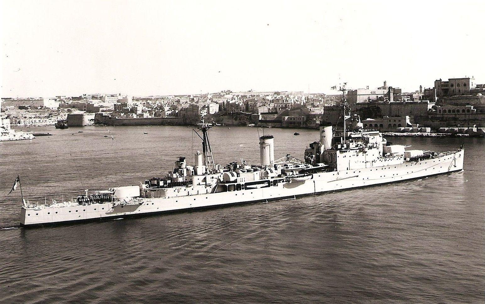 Hms Mauritius C80 Brn Crown Colony Class Light Cruiser At The Grand Harbor Malta In 1957 Google Image 07 20 In 2020 Royal Navy Ships Royal Navy Warship