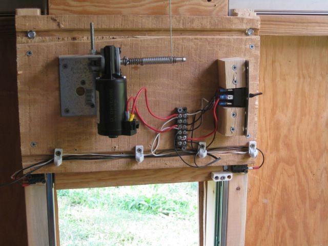 Chicken Coop Automatic Door Opener Reviews & Chicken Coop Automatic Door Opener Reviews | Chicken Auto Door ... Pezcame.Com