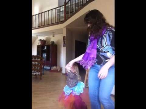 Share The Love Sunday: Gratitude Dancing (Awkward and SIncere) / It's A Dome Life