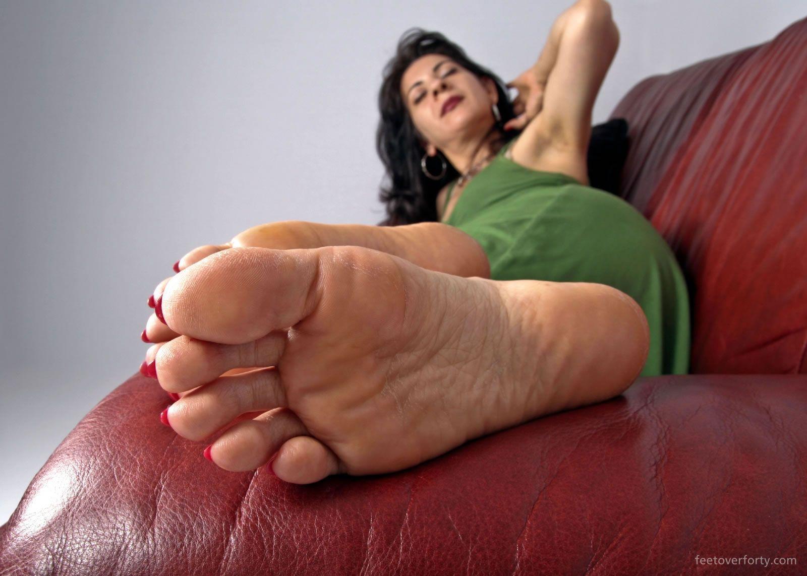 Foot Fetish Mature 113