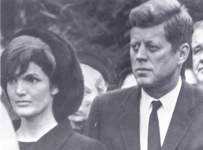 1962. 10 Novembre. Jack and Jackie at Eleanor Roosevelt's funeral
