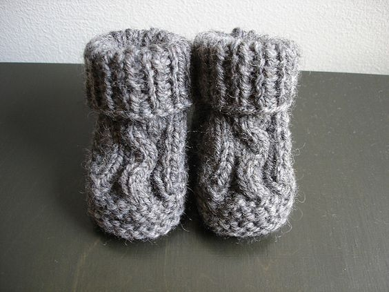 Ravelry Two Needle Cable Knit Baby Booties Pattern By Barbara