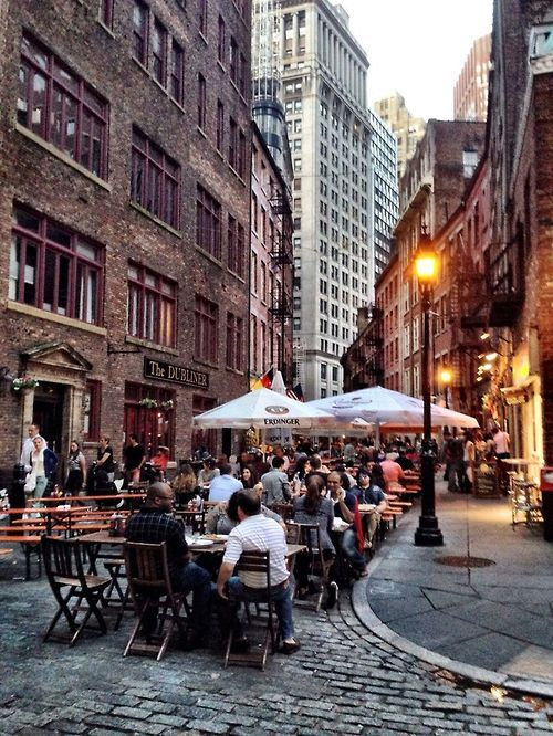 , Stone street for dinner. One of my top five favorite streets in Manhattan, New York City., Travel Couple, Travel Couple