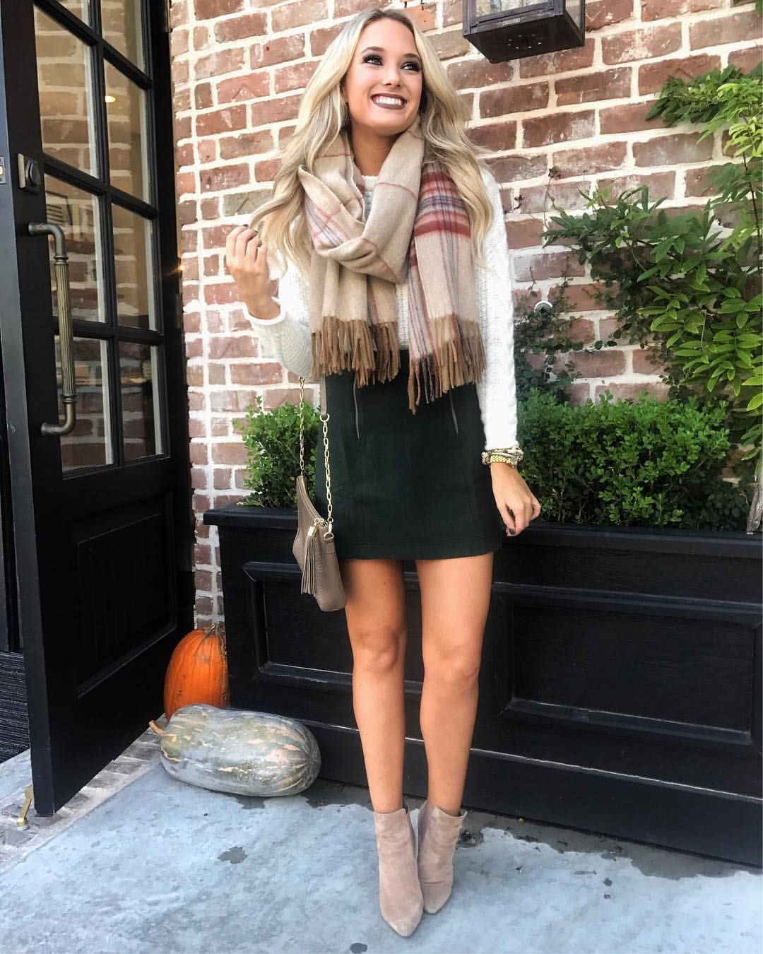 9fe7ab70f09 Pin by Katie Walker on Shopping Trip Needed | Fall fashion outfits ...