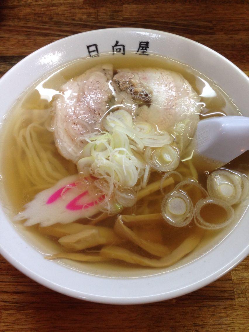 佐野ラーメン 日向屋。 スープがいい! 餃子もモチモチ。
