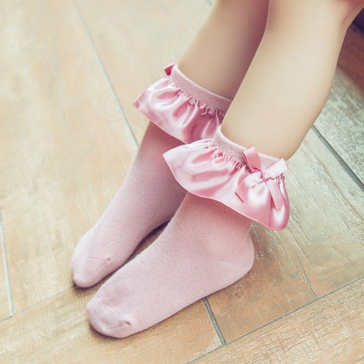 Girl Socks In Pink With Images Lace Socks Girls Socks Baby
